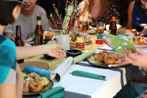 friends celebration dinner