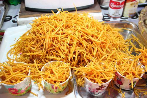 frit potatoes it's fry