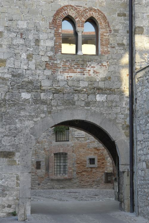 friuli,cividale,architektūra,gotikos architektūra,Viduramžiai,akmuo,gotika