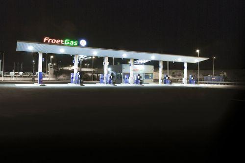 froet gas petrol station gasoline