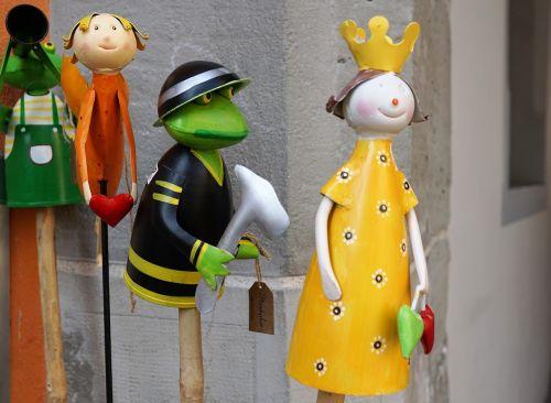 frog princess figures