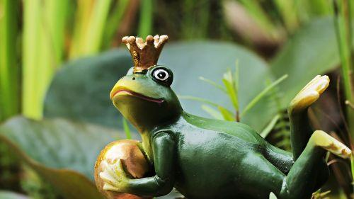 frog prince frog frog figure