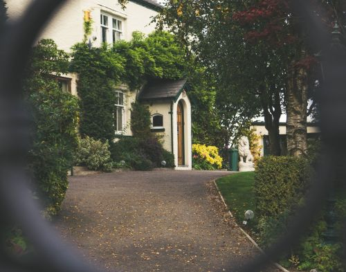 front door driveway fence