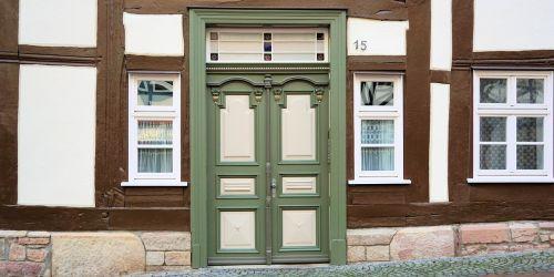 front door door input