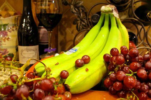 fruit wine bananas