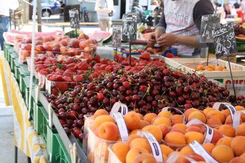 fruit market cherries