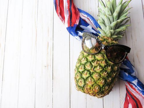 fruit pineapple american flag