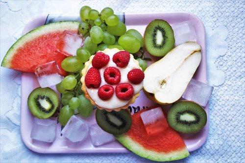 fruit  bio  kiwi
