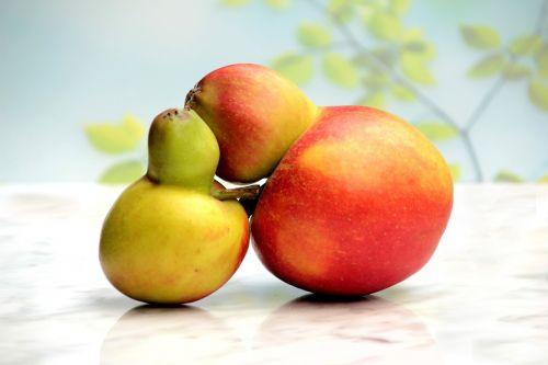 fruit apple apple couple