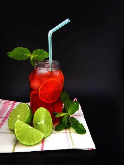 fruit punch drink mojito