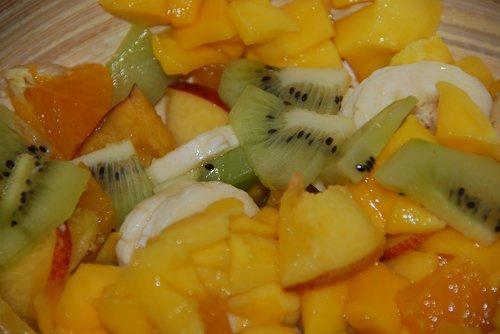 fruit salad  mango  kiwi