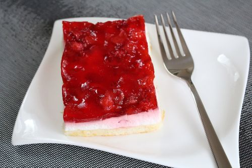fruit slices strawberry sections cream slice