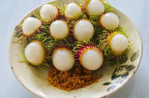 fruits  rambutan  delicious