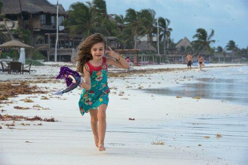 fun kid running