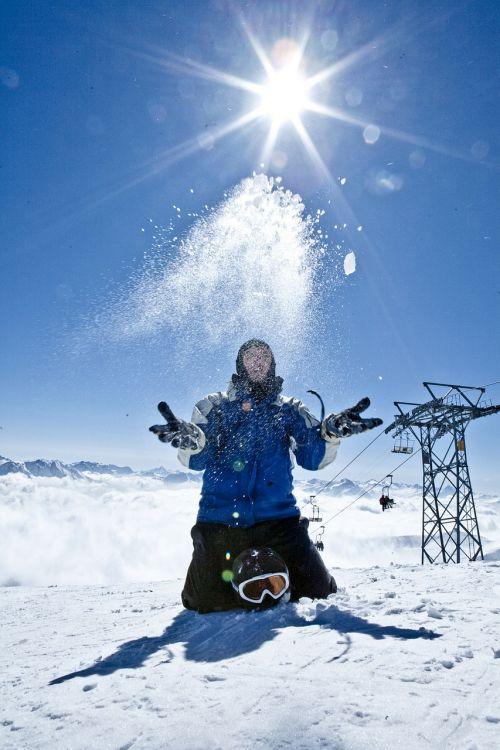 fun snow skiers