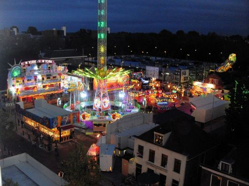 funfair night summer