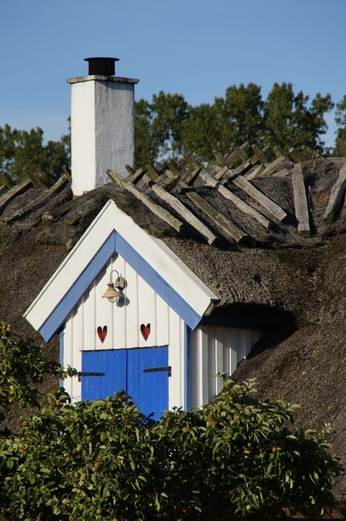 gable home thatched