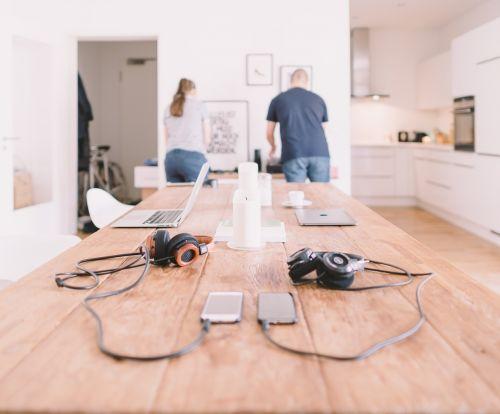 gadgets headphones laptop