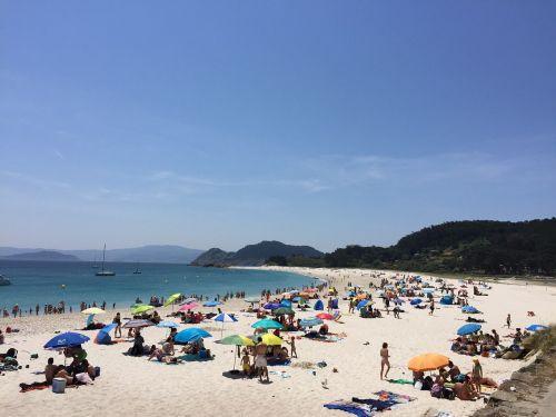 galicia beach cíes islands