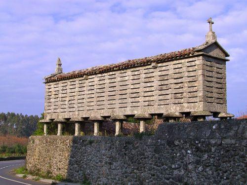 galician horreo hórreo horrio