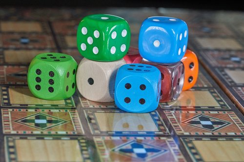 gamble  gambling  cube