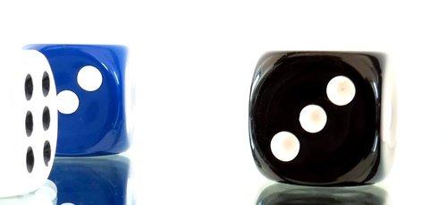 gamble  luck  cube