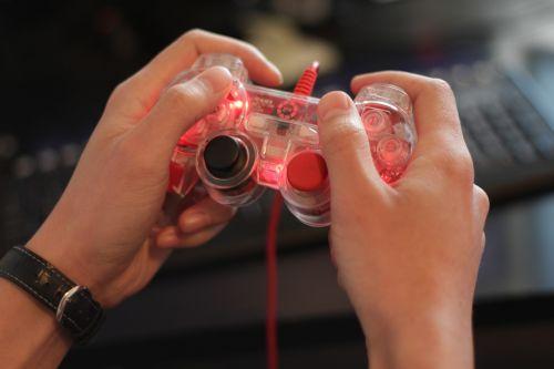 gamer hands game