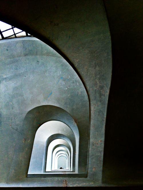 gang vault architecture