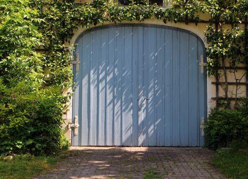 garage garage door door