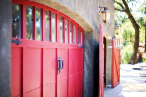 garage door door barn