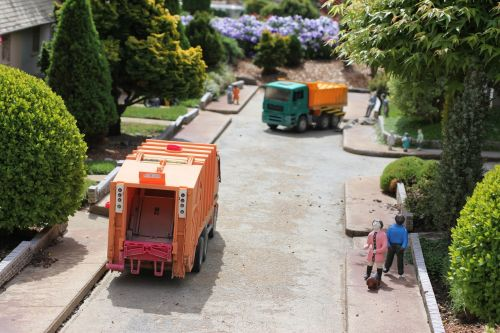 garbage truck community