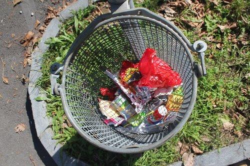 garbage  dustbin  street trash