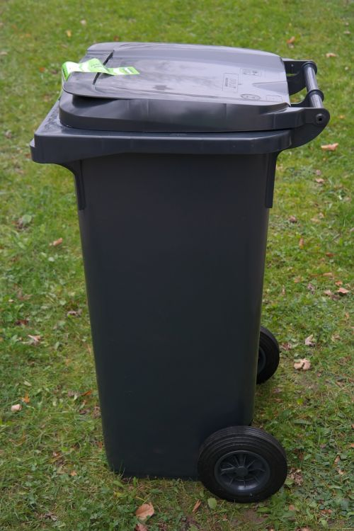 garbage can dustbin waste