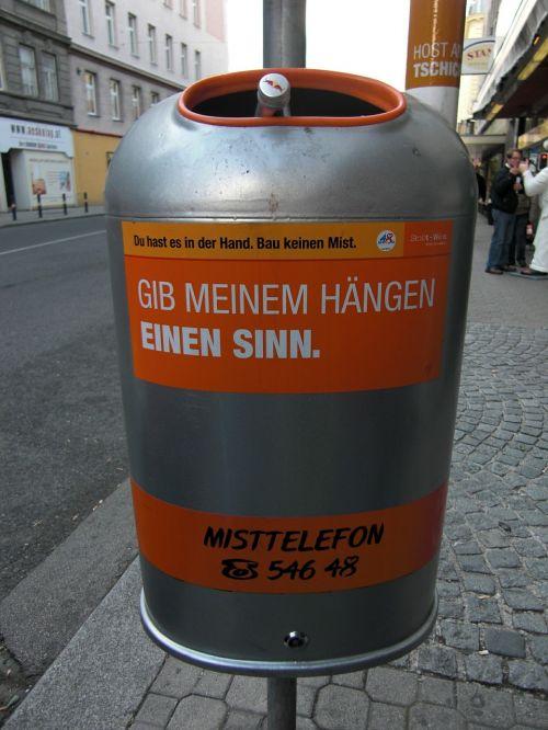 garbage can vienna austria