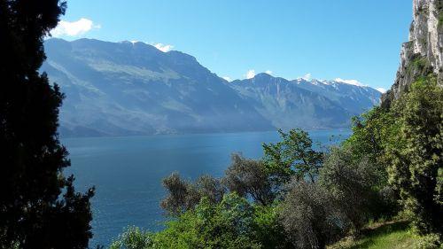 garda tremosine mountains