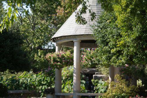 garden gazebo landscaping