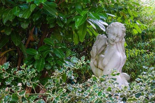garden  female statue  female figure
