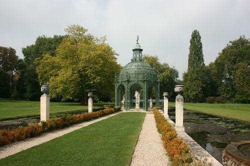 garden english garden island of love