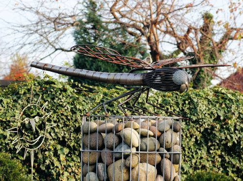 garden metal dragonfly