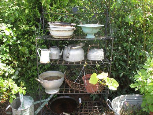garden bowls pots