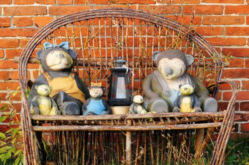 garden bench decoration figures