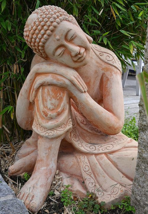 garden figurines clay figure terracotta