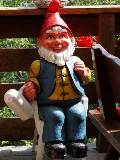 garden gnome dwarf garden figurines