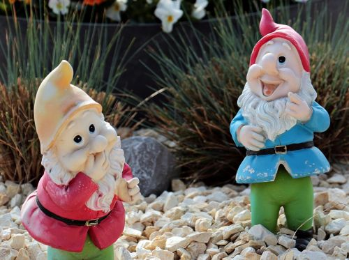 garden gnomes dwarfs decoration