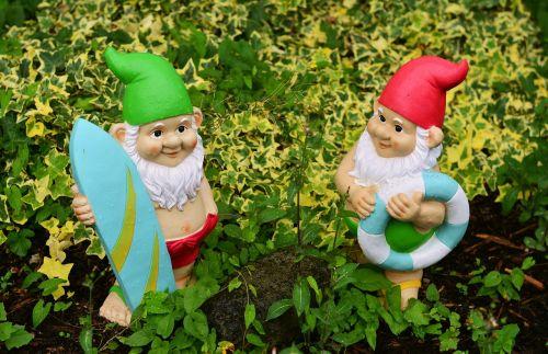 garden gnomes garden figures
