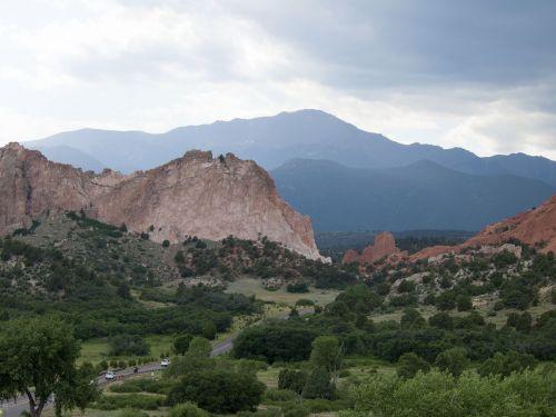 garden of the gods colorado mountains