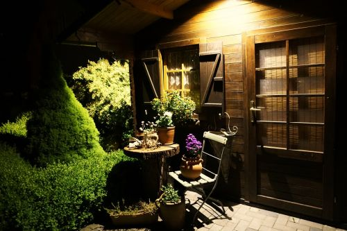 garden shed vacation hut