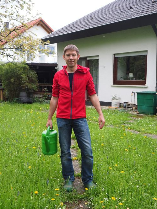 gardening gardener watering can
