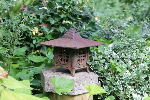 gartendeko pagoda rusty