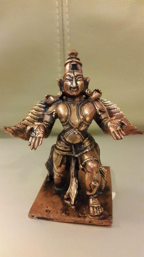 garuda hindi god mount of the lord vishnu